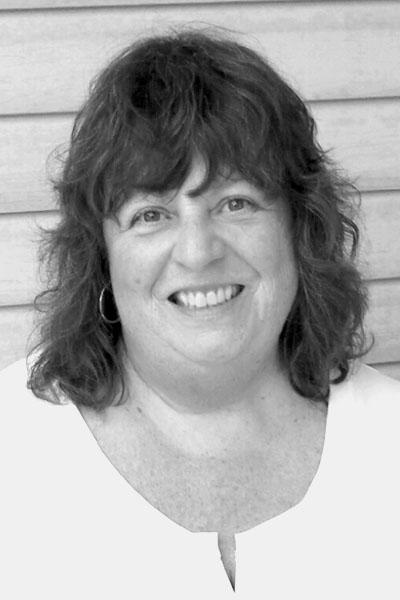 Pamela Johnson headshot – gray online